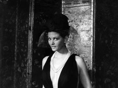 Le Cocu magnifique Il Magnifico cornutoThe Magnificent Cuckold with Claudia Cardinale, 1965 (b/w ph