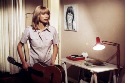 Les passagers by Serge Leroy with Mireille Darc, 1977 (photo)