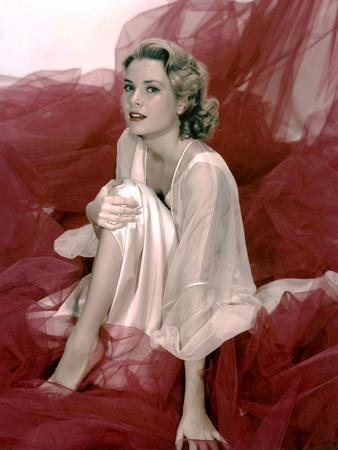 Grace Kelly (1929- 1982) promo photo for film Rear window, 1954 (photo)