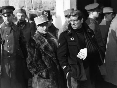 La grande illusion by Jean Renoir with Pierre Fresnay Jean Gab 1937 (b/w photo)
