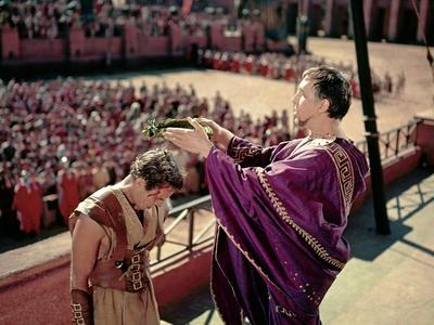 BEN-HUR, 1959 directed by WILLIAM WYLER Charlton Heston and Frank Thring (photo)