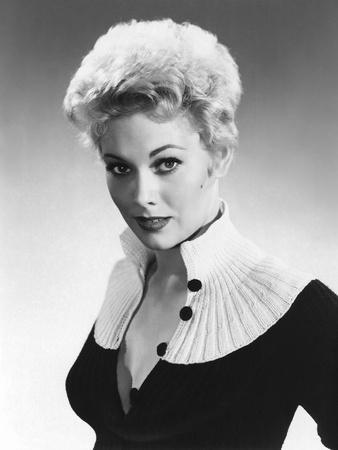 Kim Novak, 1955 (b/w photo)