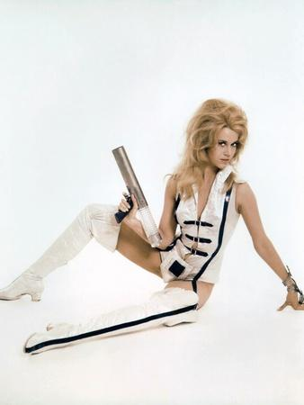 BARBARELLA, 1967 directed by ROGER VADIM Jane Fonda (photo)
