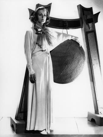 Greta Garbo Hollywood, 1932 (b/w photo)