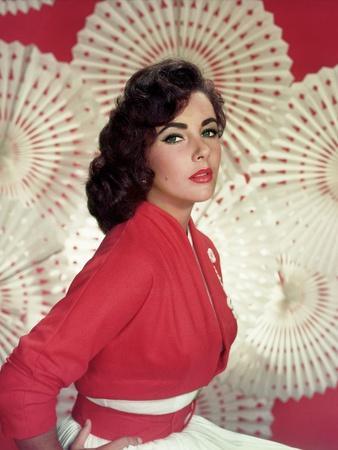 ELZABETY TAYLOR, 1954 (photo)