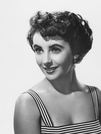 ELIZABETH TAYLOR early 50'S (b/w photo)