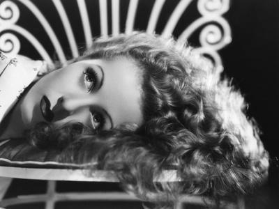 Danielle Darrieux, photo par Ray Jones, 1938 (b/w photo)