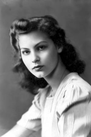 Ava Gardner early 40'S (b/w photo)
