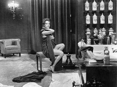 BOCCACIO 70 / BOCCACE 70 SKETCH : IL LAVORE, 1962 directed by LUC Romy Schneider (b/w photo)