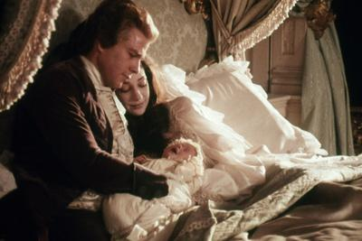 BARRY LYNDON, 1975 directed by STANLEY KUBRICK Ryan O'Neal / Maria Berenson (photo)
