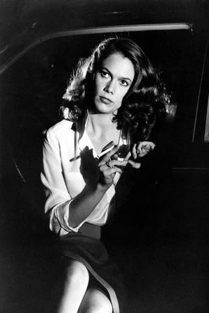 BODY HEAT, 1981 directed by LAWRENCE KASDAN Kathleen Turner (b/w photo)