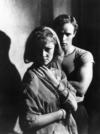 A STREETCAR NAMED DESIRE, 1951 directed by ELIA KAZAN with Vivien Leigh and Marlon Brando (b/w phot