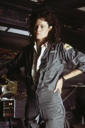 Alien, 1979 directed by Ridley Scott with Sigourney Weaver (photo)