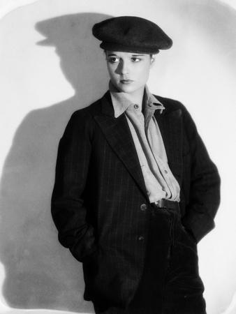 BEGGARS OF LIFE, 1928 directed by WILLIAM Louise Brooks (b/w photo)