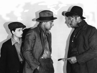 BEGGARS OF LIFE, 1928 directed by WILLIAM Louise Brooks, Richard Arlen and Wallace Beery (b/w photo