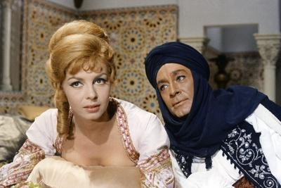 ANGELIQUE and LE SULTAN, 1968 directed by BERNARD BORDERIE Michele Mercier and Jean-Claude Pascal (