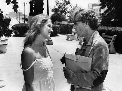 Marie-Christine Barrault and Woody Allen STARDUST MEMORIES, 1980 directed by Woody Allen (b/w photo