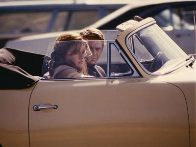 BULLITT, 1968 directed by PETER YATES Jacqueline Bisset and Steve McQueen (photo)