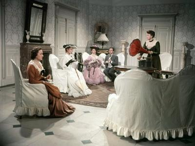 LES GRANDES MANOEUVRES, 1955 directed by RENE CLAIR Jacqueline Maillan, Michele Morgan, Simone Val?