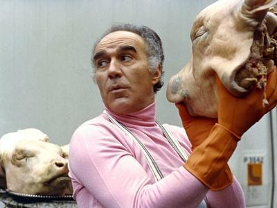 LA GRANDE BOUFFE, 1973 directed by MARCO FERRERI Michel Piccoli (photo)