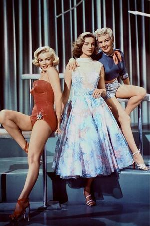 HOW TO MARRY A MILLIONAIRE, 1953 directed by JEAN NEGULESCO Maeilyn Monroe, Lauren Bacall and Betty