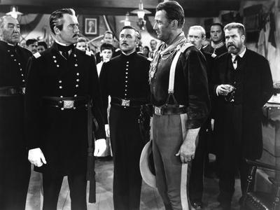 FORT APACHE, 1948 directed by JOHN FORD Henry Fonda, george O'Brien, John Wayne and Grant Withers (