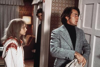 THE LITTLE GIRL WHO LIVES DOWN THE LANE, 1976 directed by NICOLAS Jodie Foster and Martin Sheen (ph