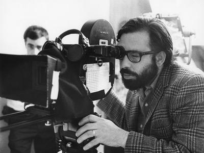 FINIAN'S RAINBOW, 1968 directed by FRANCIS FORD COPPOLA On the set, Francis Ford Coppola behind the