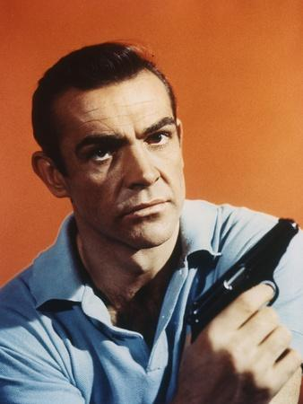 Dr No by Terence Young with Sean Connery, 1962 (photo)