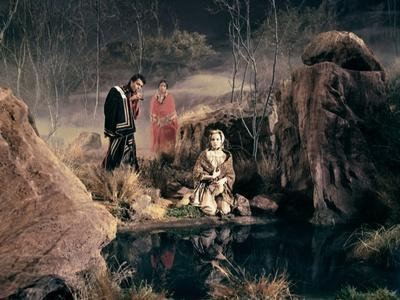 CHEYENNE AUTUMN, 1964 directed by JOHN FORD Sal Mineo and Carroll Baker (photo)