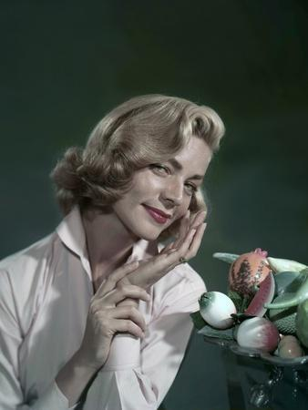 DESIGNING WOMAN, 1957 directed by VINCENTE MINNELLI Lauren Bacall (photo)