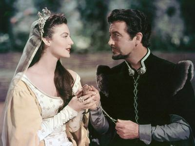KNIGHTS OF THE ROUND TABLE, 1953 directed by RICHARD THORPE Ava Gardner and Robert Taylor. (photo)