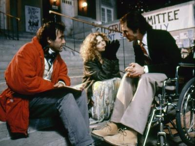 BORN ON THE FOURTH OF JULY, 1989 directed by OLIVER STONE On the set, Oliver Stone directs Kira Sed