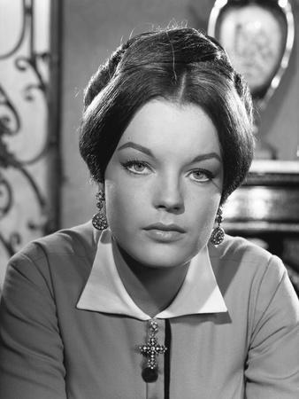 KATIA, 1959 directed by ROBERT SIODMAK Romy Schneider (b/w photo)