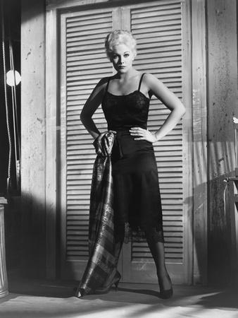 JEANNE EAGLES, 1957 directed by GEORGE SIDNEY Kim Novak (b/w photo)