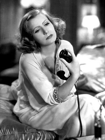 GRAND HOTEL, 1932 directed by EDMUND GOULDING Greta Garbo (b/w photo)