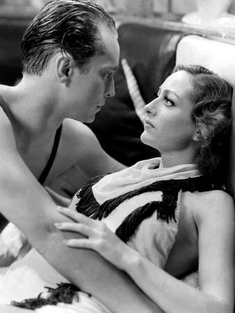 DANCING LADY, 1933 directed by ROBERT Z. LEONARD Franchot Tone and Joan Crawford (b/w photo)