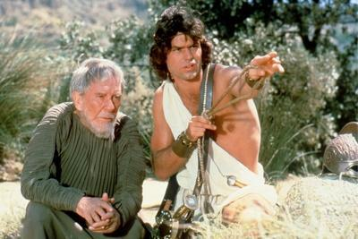 CLASH OF THE TITANS, 1981 directed by DESMOND DAVIS Burgess Meredith and Harry Hamlin (photo)
