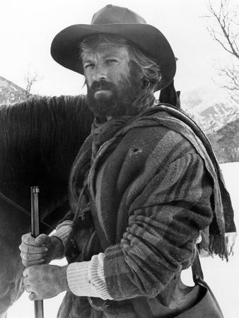 JEREMIAH JOHNSON, 1972 directed by SYNEY POLLACK Robert Redford (b/w photo)