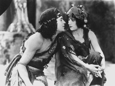 INTOLERANCE, 1916 directed by DAVID WARK GRIFFITH (b/w photo)