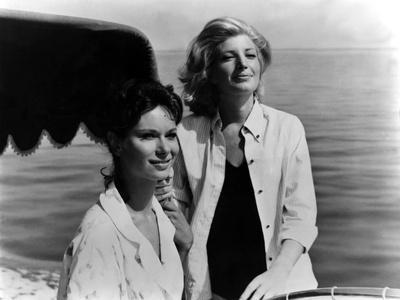 L'avventura by Michelangelo Antonioni with Lea Massari, Monica Vitti, 1960 (b/w photo)