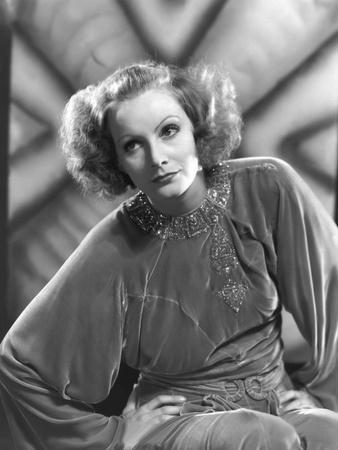 INSPIRATION, 1931 directed by CLARENCE BROWN Greta Garbo (b/w photo)
