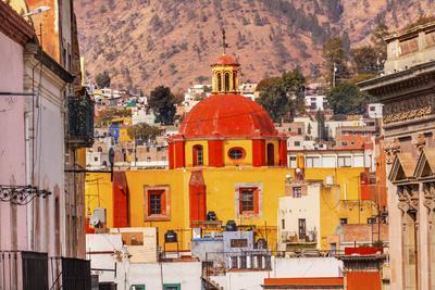 Basilica Templo De Belen, Guanajuato, Mexico.