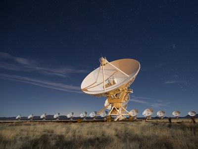 Radio telescopes at an Astronomy Observatory, New Mexico, USA