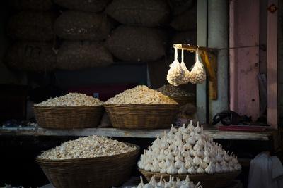 Garlic Market 2