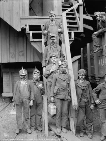 Breaker boys at Woodward Coal Mines, Pennsylvania, c.1900