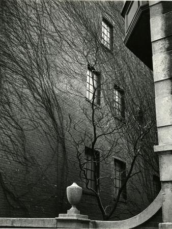Sutton Place, New York, 1943