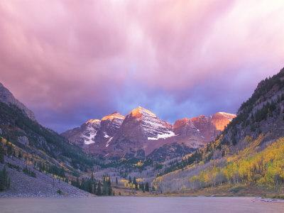 Maroon Bells Snowmass Wilderness at Dawn, Colorado, USA