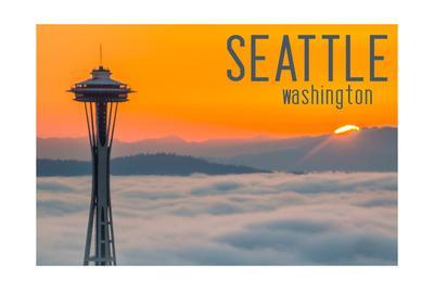 Seattle, Washington - Space Needle and Foggy Sunset
