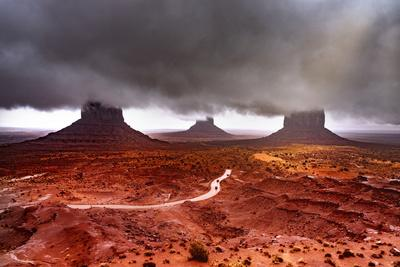 Monument Valley  Super Clouds